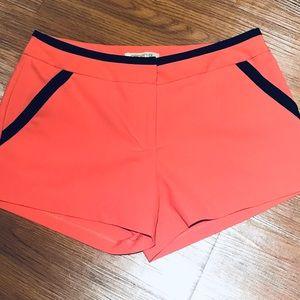 💥NWOT💥 Arden B Dress Shorts Size 4